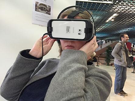 Carnet de voyage Premiers Plans d'Angers : casque de réalité virtuelle
