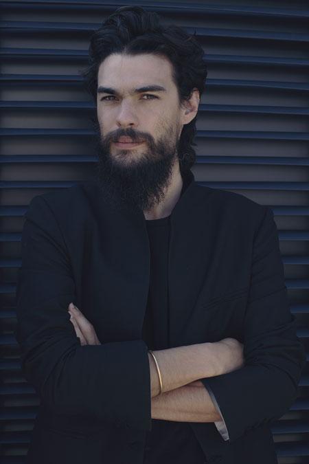 Portrait de Olivier Laxe, réalisateur de Mimosas