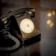 Interview azimutée avec Manu Payet : téléphone