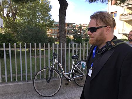 """Mostra de Venise : Peter Venne, le compositeur de Prank alias """"l'homme qui n'aime rien""""."""