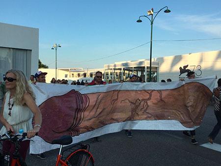 Mostra de Venise : L'équipe de Prank et sa banderole !