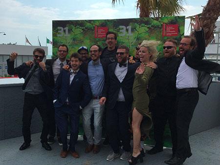 L'équipe de Prank, en joie, à la Mostra de Venise.