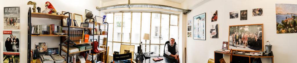 Dans le bureau de Robert Guédiguian : vue panoramique © Yann Vidal.