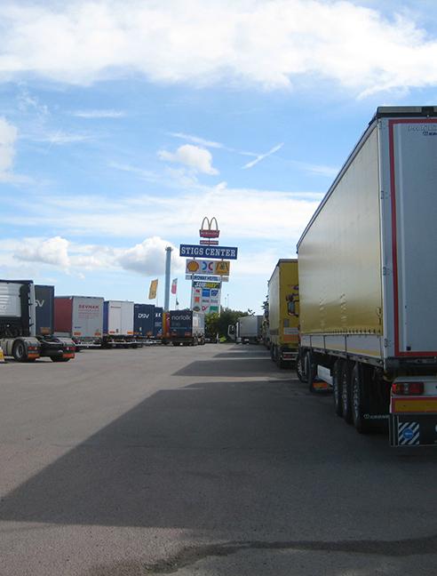 Jean-Pierre Darroussin vu par Anna Novion : repérages en Suède pour le film Rendez-vous à Kiruna : camion.