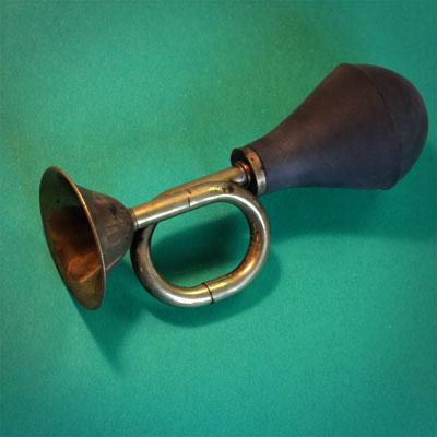 Gustave Kervern sms pouet ancien klaxon