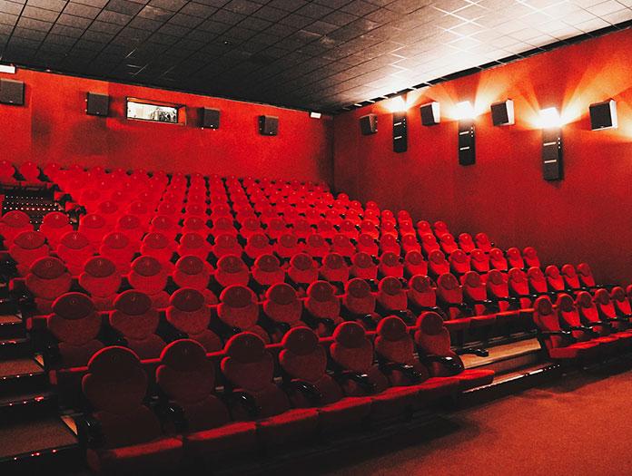 L'association New Horizons, en coopération avec la chaîne de cinémas Helios et la ville de Wroclaw, a transformé l'un des plus grands multiplexes de la ville en un centre culturel cinématographique. Le Kino Nowe Horyzonty est aujourd'hui le plus grand cinéma indépendant d'Europe avec ses 9 écrans et ses 2329 sièges. / Kino Nowe Horyzonty © Mickael Arnal et Agnès Salson.