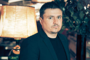 Cristian Mungiu, réalisateur de Baccalauréat. Portrait © Laurent Koffel