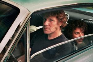 Pascal James Thomas Berliner tournage de La dame dans l'auto avec des lunettes et un fusil Joann Sfar.