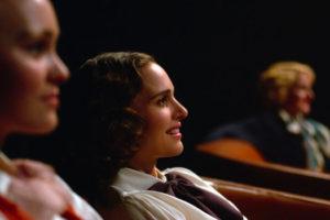 Planétarium réalisé par Rebecca Zlotowski avec Natalie Portman et Lily-Rose Depp.